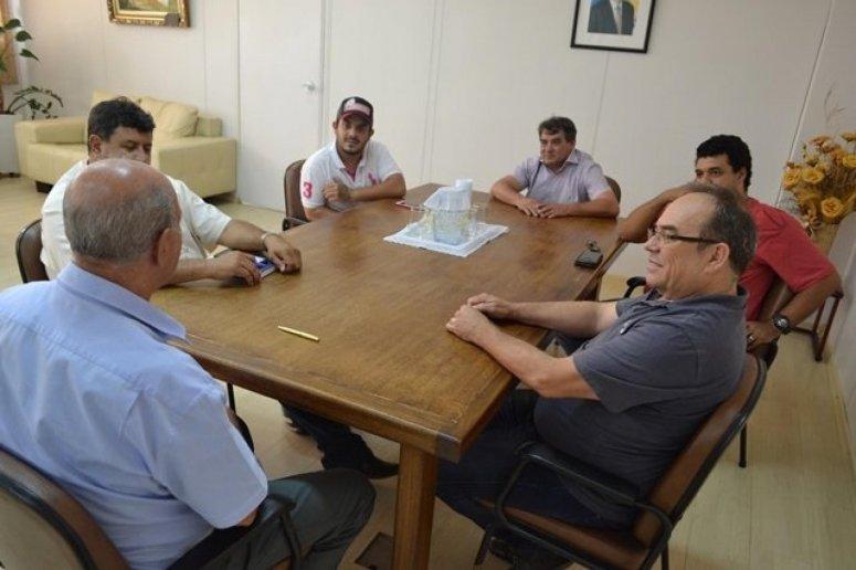 Integrantes da nova Mesa Diretora da Câmara Municipal são recebidos pelo Prefeito de Patos de Minas