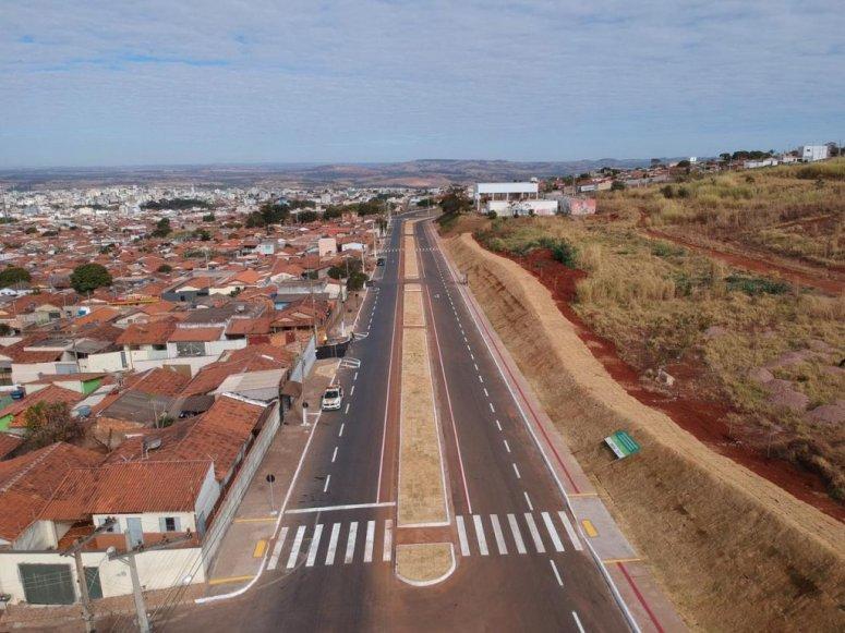Concluída, duplicação da Avenida Buritis melhora trânsito na parte alta da cidade