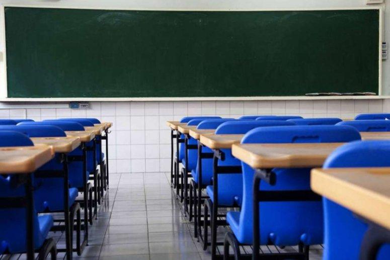 Alunos não serão obrigados a irem a aulas nas escolas estaduais reabertas em MG