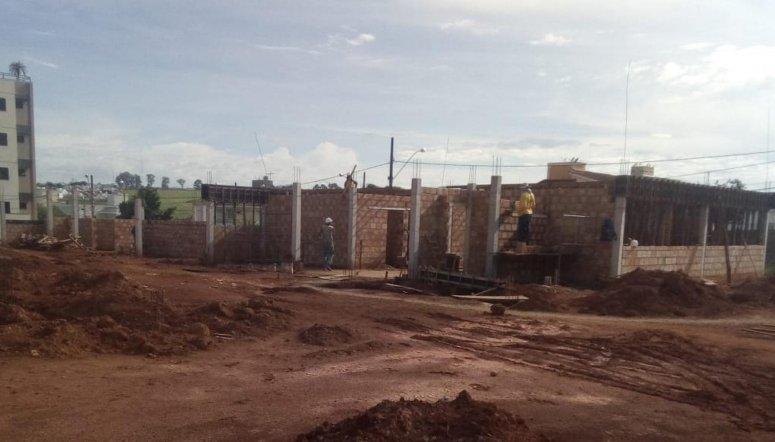 Parte do prédio do Centro Especializado em Reabilitação Física e Visual já começa a ser erguida