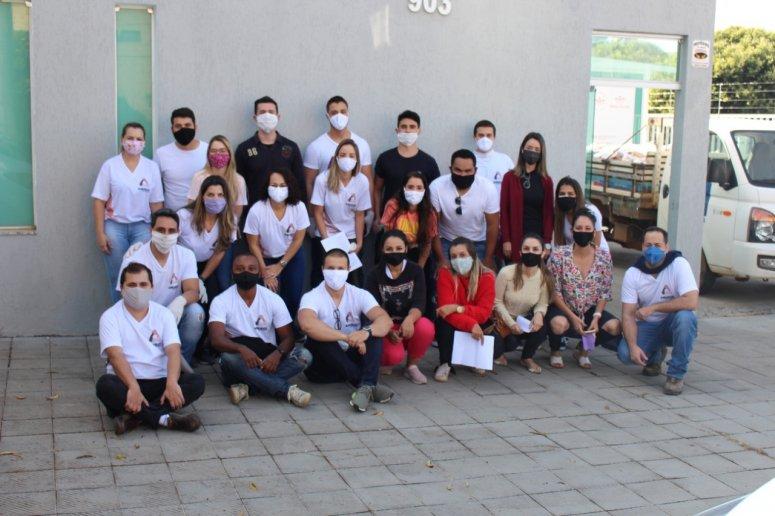 """Projeto """"Amigos que Ajudam"""" lança campanha para ajudar instituições filantrópicas patenses"""