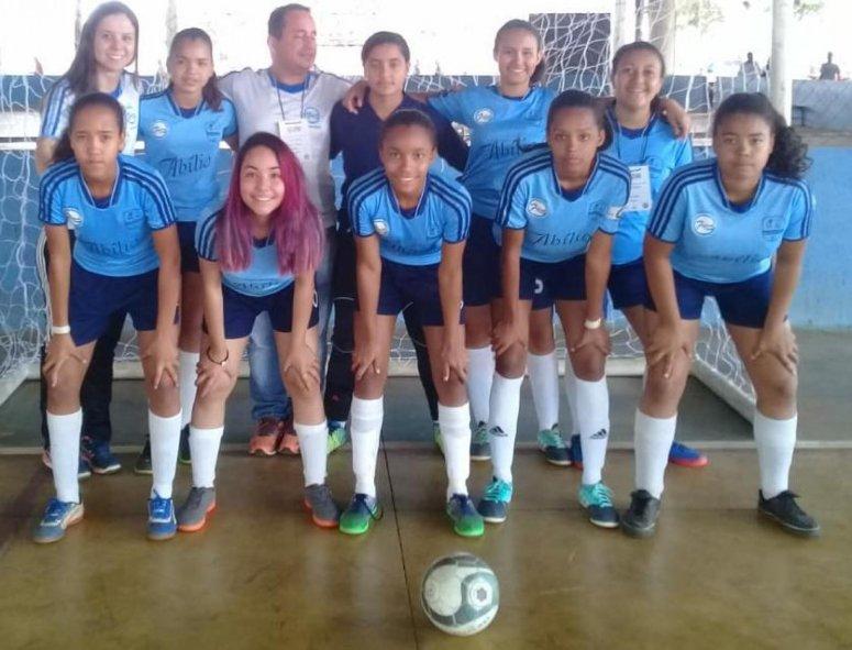 Atletas estudantis representam Patos de Minas na etapa Estadual do JEMG em Uberaba