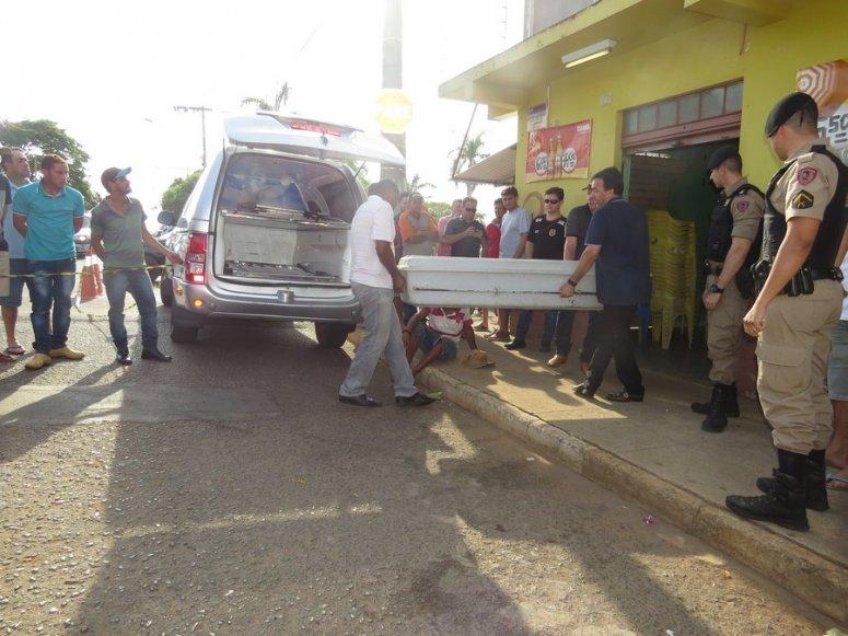Carmo do Paranaíba: Homem é morto a tiros dentro de bar