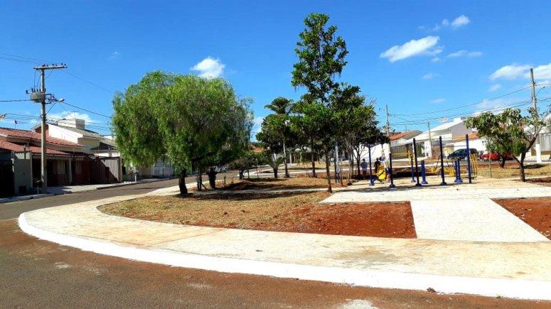 Pista de caminhada do bairro Jardim Califórnia será oficialmente entregue à população