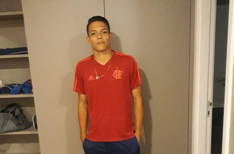 Atleta do Mamoré participa de testes no Flamengo