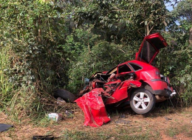 Grave acidente deixa duas pessoas mortas e duas feridas na MG-188