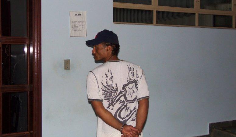 São Gotardo: Homem é preso com 19 pedras de crack