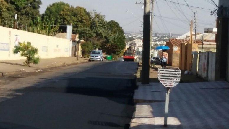 Prefeitura realiza obras de recapeamento no bairro Vila Garcia