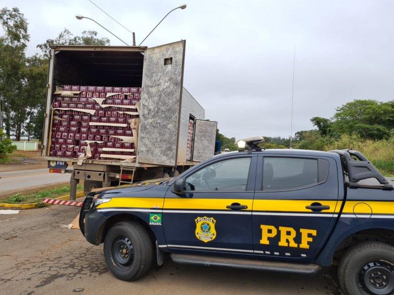 PRF apreende mais de 65 mil unidades de cervejas na BR-365