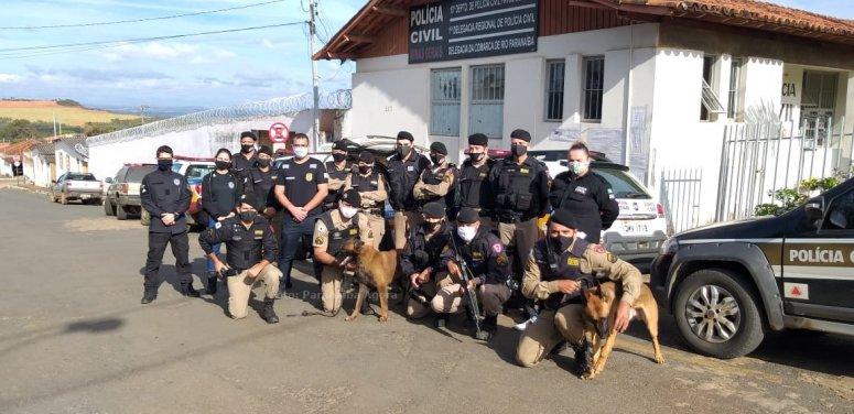 Polícia Civil e Militar deflagram operação K9 em Rio Paranaíba e apreende grande quantidade de droga