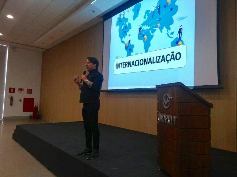 "UNIPAM realiza ""Encontro Pedagógico"""