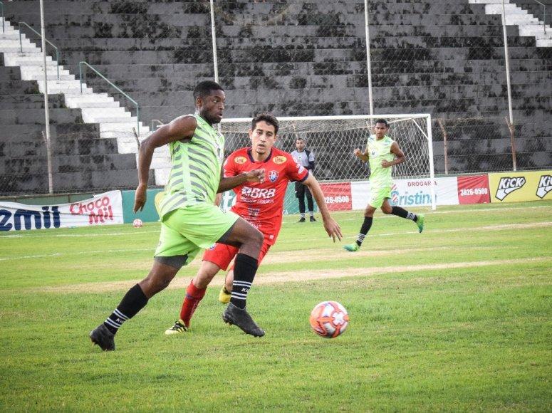 Mamoré marca 5 contra o sub-20 do Paracatu no seu terceiro jogo-treino da temporada