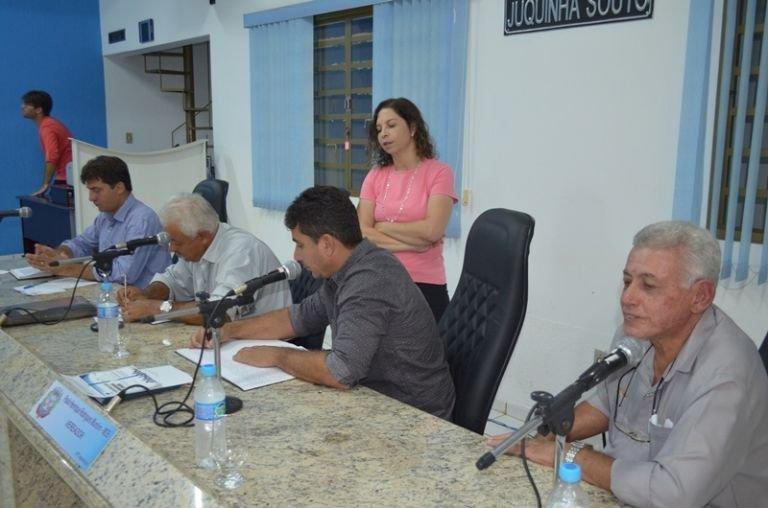 Contas do município de Lagoa Formosa referentes ao ano de 2015 são rejeitadas na Câmara Municipal