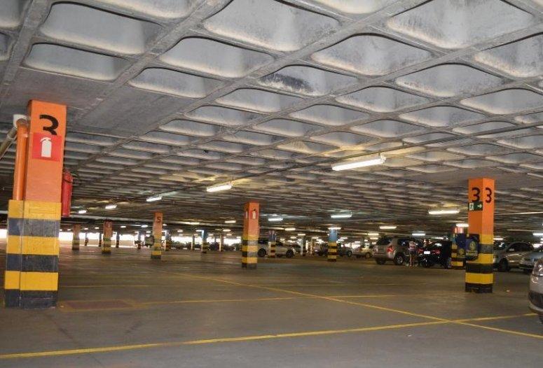 Procon multa Pátio Central Shopping por veículo furtado em suas dependências