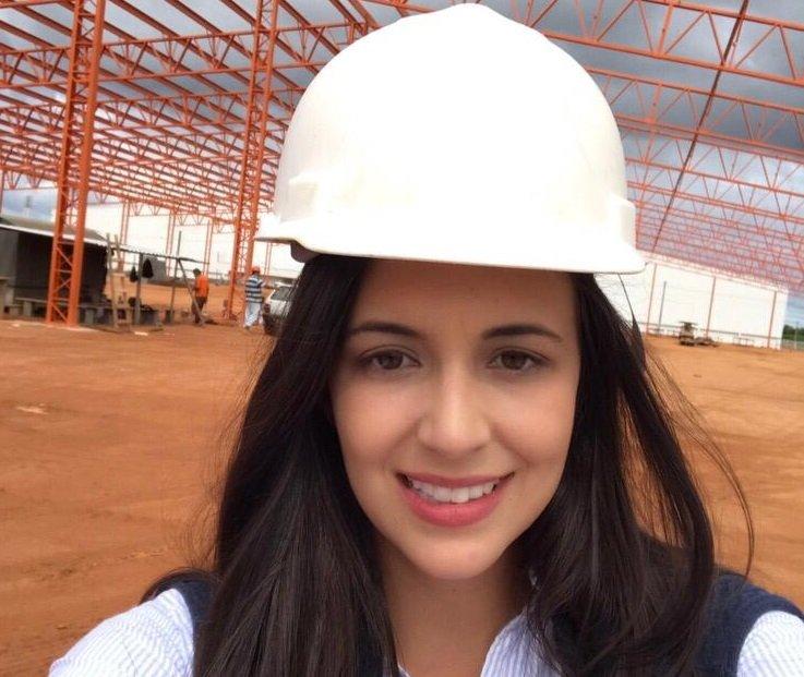 Ex-aluna de Engenharia Civil é aprovada em Mestrado nos Estados Unidos