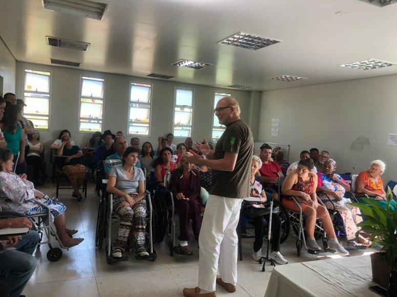 Clínica Totó Veloso promove Semana de Conscientização e Prevenção do AVC
