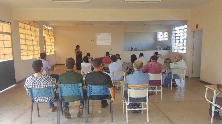 Funcionários municipais participam de treinamento sobre Direitos e Deveres do Servidor