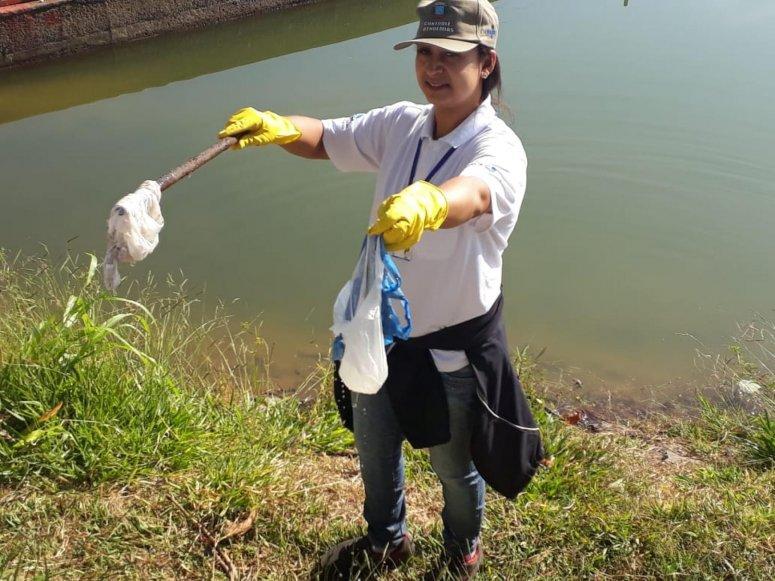 Panfletagem, blitz e mutirão de recolhimento de materiais inservíveis são realizados no Bairro Lagoa Grande