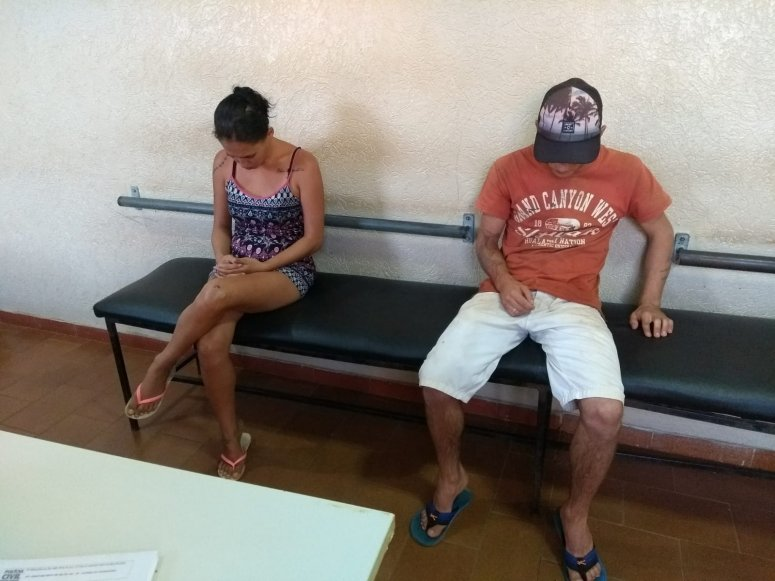 Casal e menor são levados para a delegacia após invadir chácara em Carmo do Paranaíba