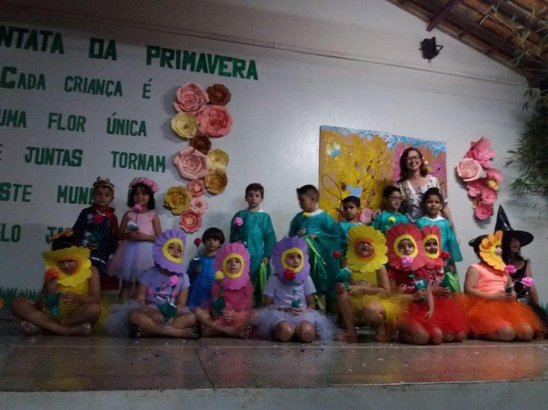 Escola Municipal Marluce Scher promove a 1ª Cantata da Primavera da Educação Infantil