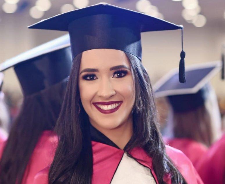 Ex-aluna de Ciências Contábeis é aprovada em Mestrado na UFU
