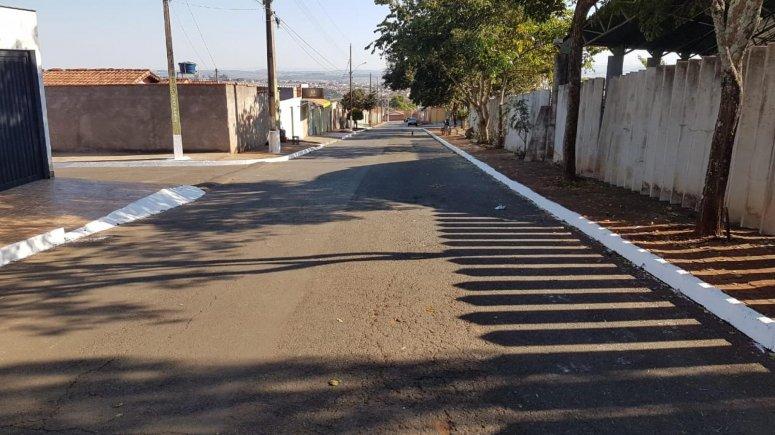 Programa Bairro Limpo, Cidade Limpa realiza benfeitorias no bairro Jardim Esperança