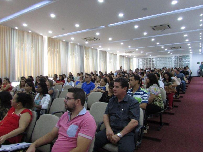 Secretários Municipais e diretores participam de reunião sobre Avaliação de Desempenho