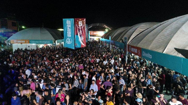 Inauguração do Espaço UNIPAM atrai cerca de sete mil pessoas para o Parque de Exposições