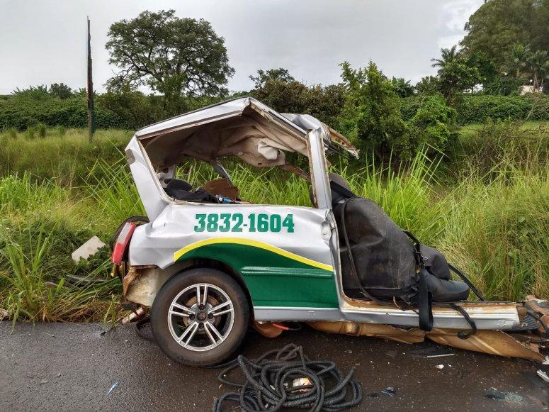 Duas pessoas morrem em grave acidente na BR365