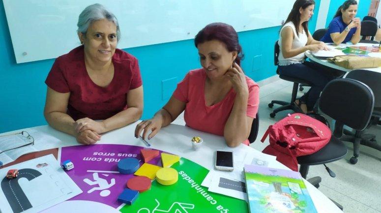 Professores e supervisores educacionais participam de oficina pedagógica promovida pela Secretaria de Educação