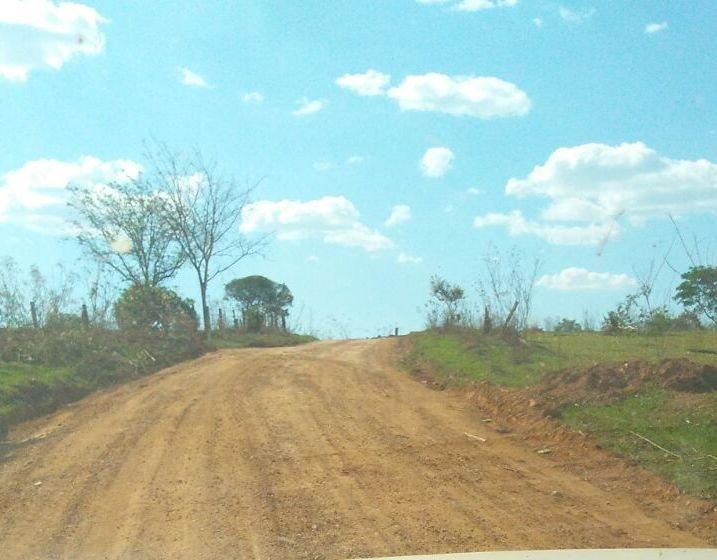 Obras de patrolamento e encascalhamento da estrada de Bebedouro das Posses são concluídas