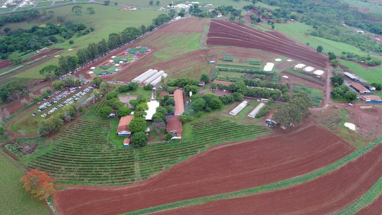 Fazenda Experimental do UNIPAM é premiada pela qualidade do leite produzido