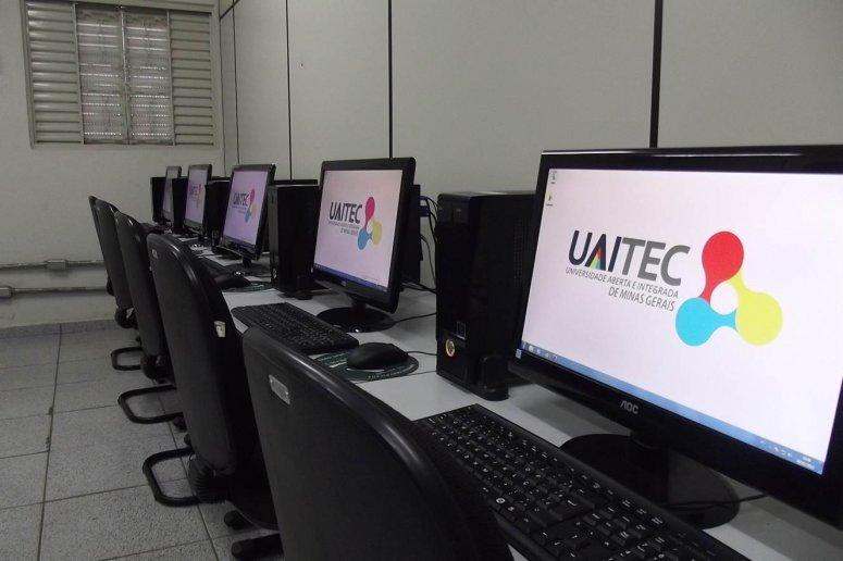 Uaitec oferece curso gratuito de digitação