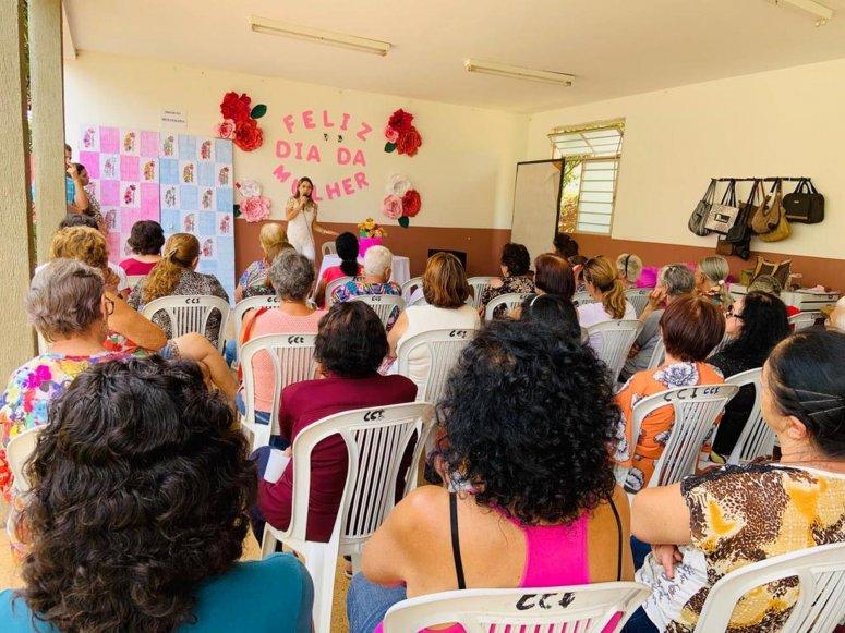 Conviver comemora Dia da Mulher com palestra sobre Saúde da Mulher na Terceira Idade