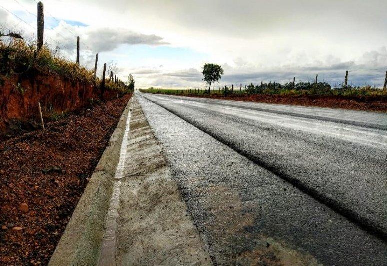 Pavimentação da estrada da Serrinha é concluída