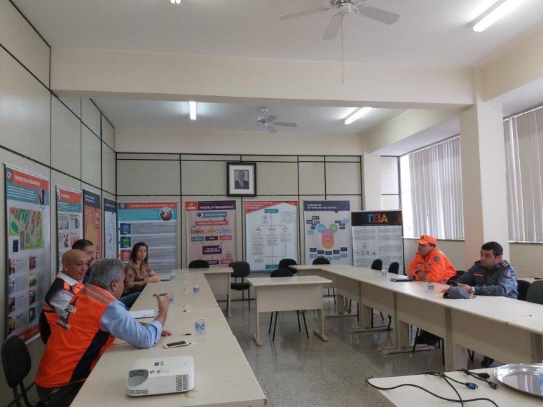 Combate ao Covid-19: Defesa Civil convoca voluntários da área de saúde