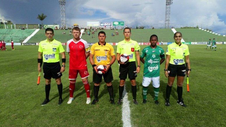 Mamoré e Tricordiano empatam sem gols em Patos de Minas