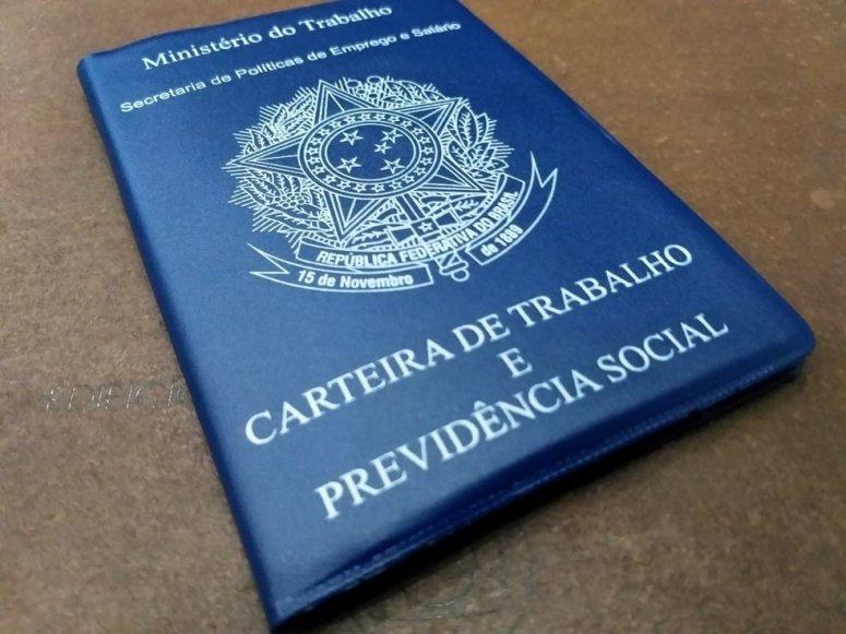 Confira as vagas de emprego disponíveis pela CDL Patos de Minas