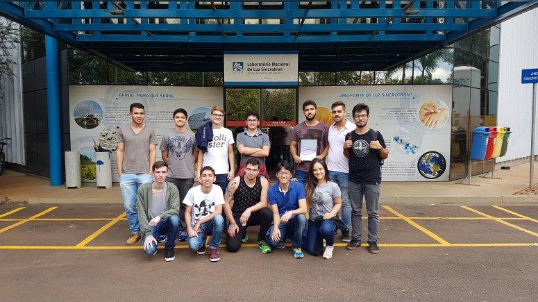 Alunos do UNIPAM visitam Laboratório Nacional de Luz Síncroton