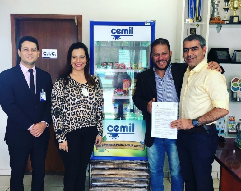 FPM e CEMIL assinam convênio de parceria